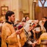Епископ Бронницкий Парамон совершил Божественную литургию в храме свт. Николая Мирликийского в Зеленограде