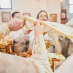 Епископ Бронницкий Парамон совершил Литургию в храме Всемилостивого Спаса в Митине