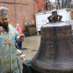 Божественная Литургия в храме Покрова в Покровском-Стрешневе