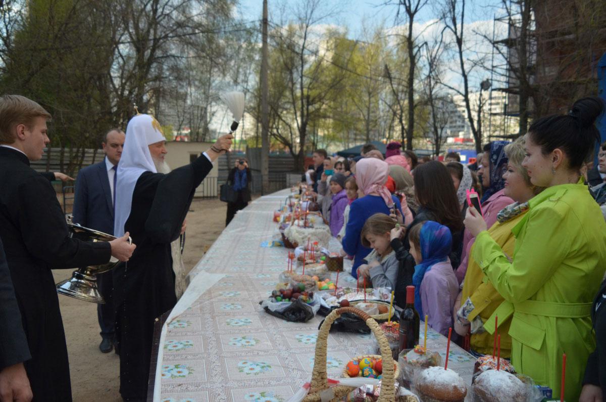 Визит Святейшего Патриарха в храм Новомученников и исповедников Российских в Строгино